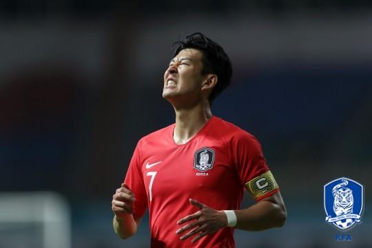 '일방적 공격' 한국, 일본과 0-0 팽팽한 균형 유지(전반 종료)
