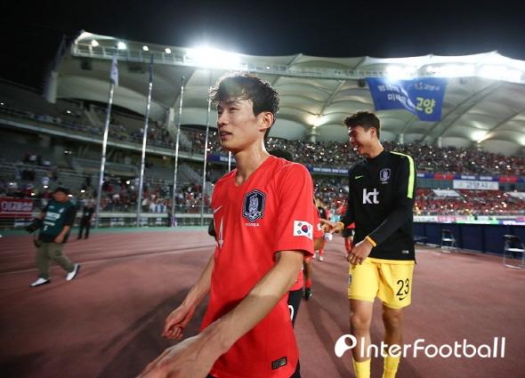 '2경기 13분' 김문환, 아직은 높았던 A대표팀의 벽_이미지