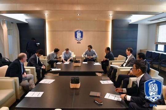 변화하는 한국축구, 키워드는 '소통'