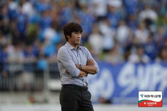 서정원 감독, 수원 삼성 복귀...연말까지 팀 이끈다
