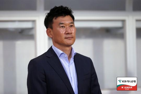 """'석패' 조성환 감독, """"FA컵 우승 무산, 팬들에게 죄송하다"""""""