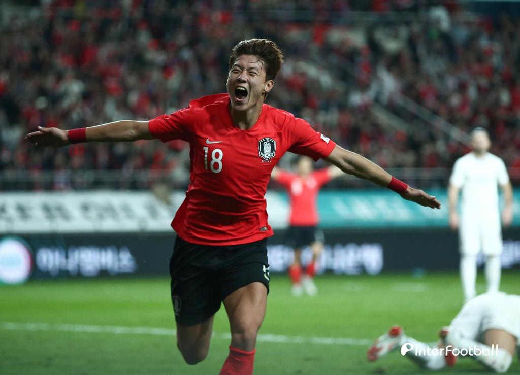 '황의조 선제골' 한국, 호주에 1-0 리드(전반 진행 중)