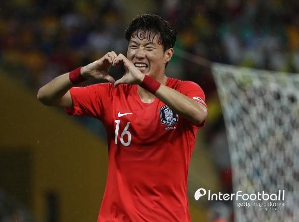 '황의조↔석현준 교체' 한국, 호주에 1-0 리드(후반 시작)