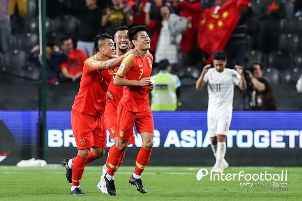 '우레이 멀티골' 중국, 필리핀 3-0 완파...16강 확정+조1위
