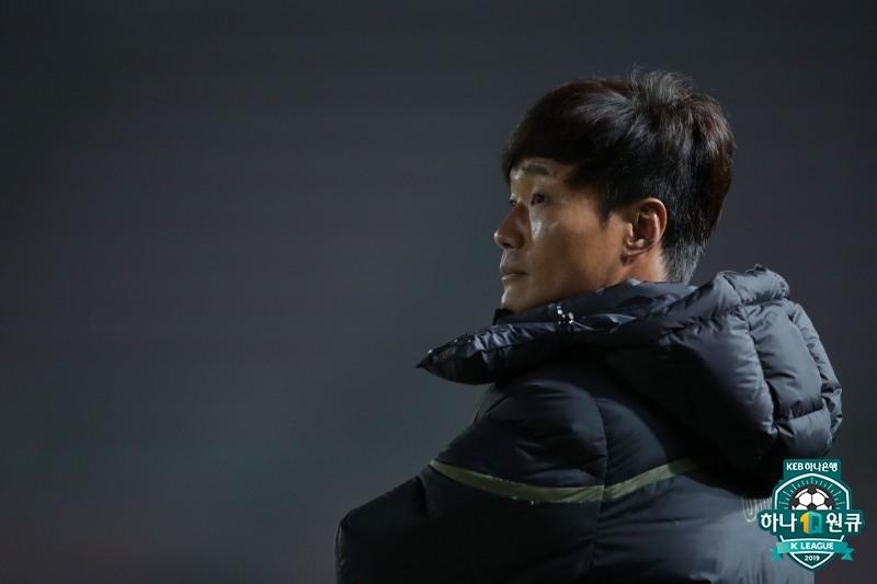 """성남 남기일, """"경기력은 만족...득점 부재는 여전히 아쉬워"""""""