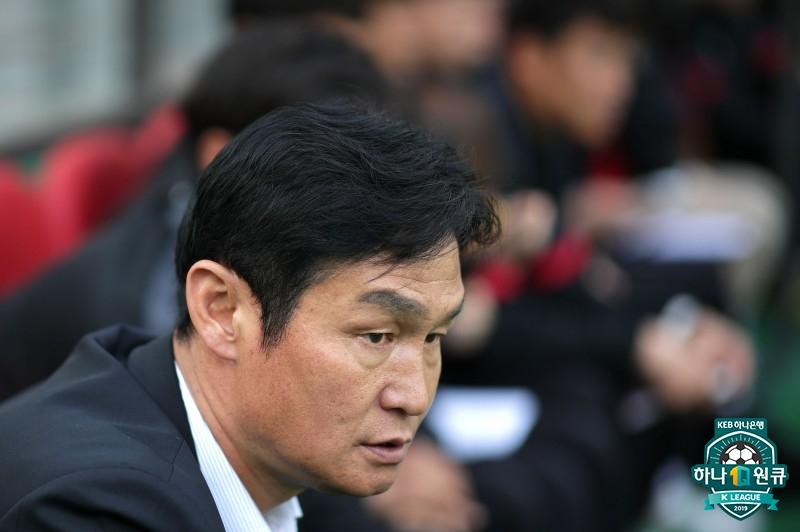 """'3연승 실패' 최용수 감독, """"시즌 길다, 이런 경기 통해 발전할 것"""""""