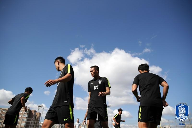 대부분 선수 제외된 회복훈련, 김신욱 활용법 집중공부