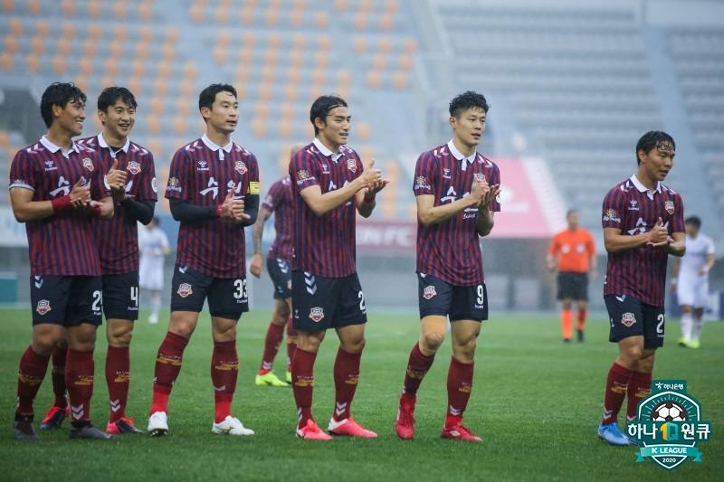 황선홍의 대전, 개막전서 수원FC에 2-1 극적 역전승...창단 첫 승