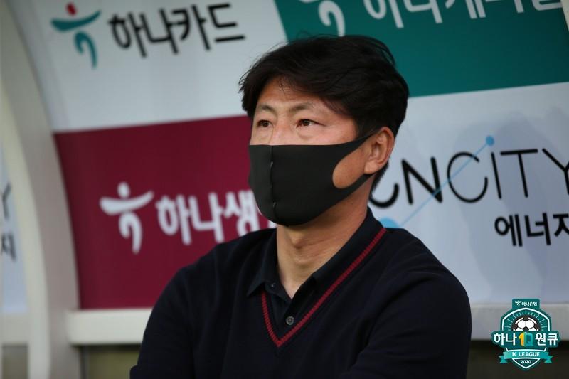 """아산 박동혁 감독, """"빨리 첫승하면 자신감 올라올 것"""""""