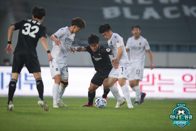'헛심 공방' 성남-인천, 0-0 아쉬운 무승부